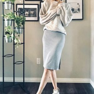 Dresses & Skirts - *Host Pick* Grey Midi Skirt 🇨🇦